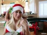 Une bande de mères Noël en guise de cadeau