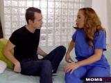 Carolina Sweets partage son mec avec Richelle Ryan